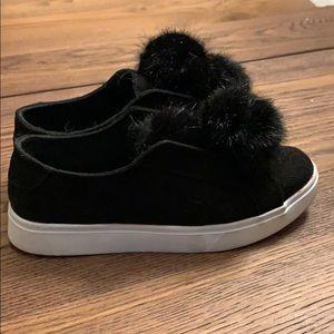 Other - Pom Pom shoes